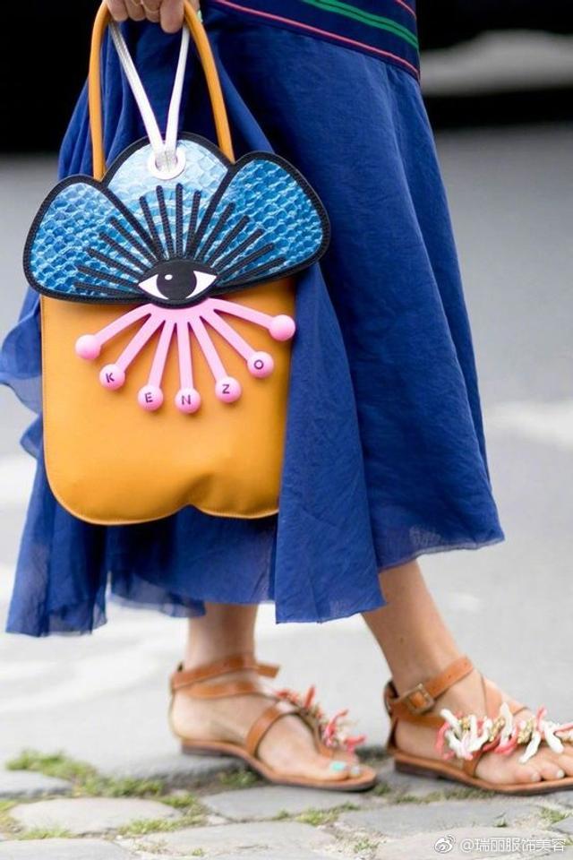 一大波充满趣味的包包在冲击着你的钱包