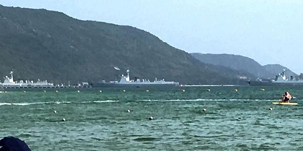 集中了南海最强战力!052D舰排队进港