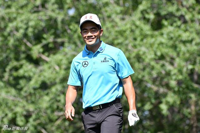 全国高尔夫球团体赛周二练习日