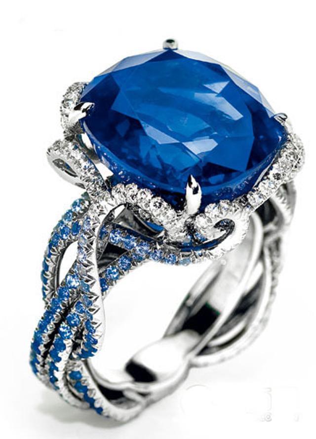 知性沁蓝与宝石倾力相融