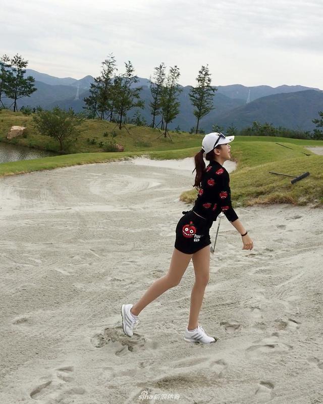韩最美体育老师美照