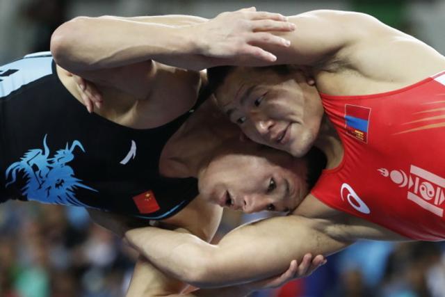 摔跤男自由式65kg资格赛